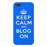 Guarde la calma y el blog encendido iPhone 5 carcasas