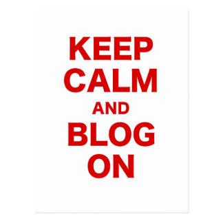 Guarde la calma y el blog encendido postal