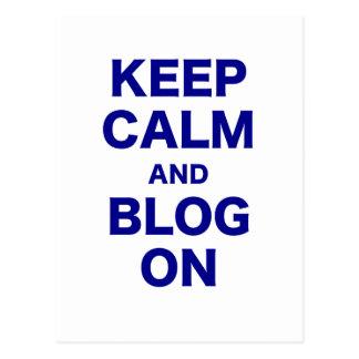 Guarde la calma y el blog encendido tarjeta postal