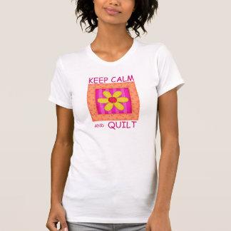 Guarde la calma y el bloque de la flor del t shirt