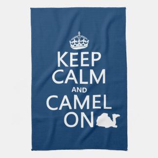 Guarde la calma y el camello en (todos los colores toallas de mano