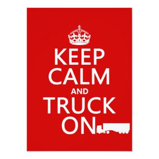 """Guarde la calma y el camión en (en cualquier invitación 5.5"""" x 7.5"""""""