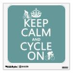 Guarde la calma y el ciclo en (en cualquier color)