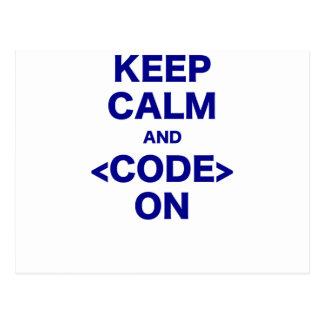 Guarde la calma y el código encendido postales