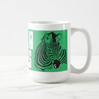 Guarde la calma y el diseño único de la taza de la