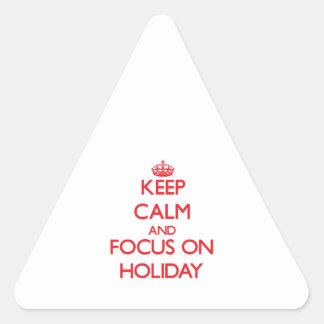 Guarde la calma y el foco el día de fiesta calcomanía triangulo personalizadas