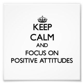 Guarde la calma y el foco en actitudes positivas cojinete