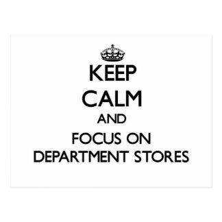 Guarde la calma y el foco en almacenes grandes postal