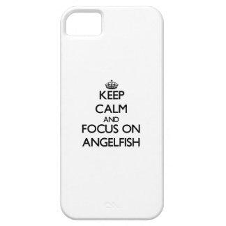 Guarde la calma y el foco en Angelfish iPhone 5 Case-Mate Protector