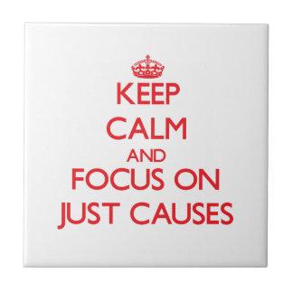 Guarde la calma y el foco en apenas causas tejas  cerámicas