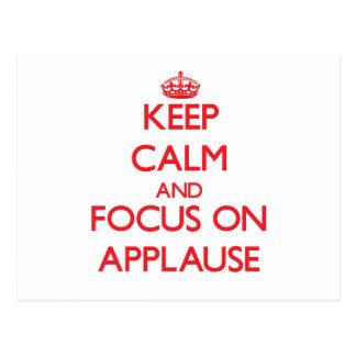 Guarde la calma y el foco en APLAUSO Postal