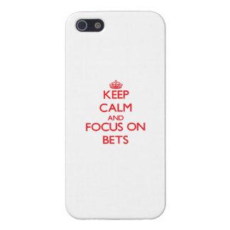 Guarde la calma y el foco en apuestas iPhone 5 cárcasas
