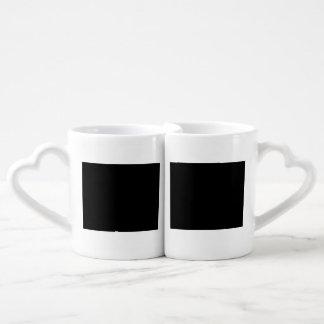 Guarde la calma y el foco en argot taza para parejas