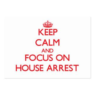 Guarde la calma y el foco en arresto domiciliario tarjetas de visita grandes