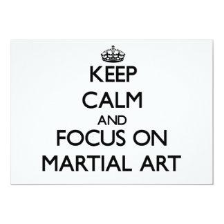 Guarde la calma y el foco en arte marcial invitación 12,7 x 17,8 cm