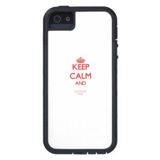Guarde la calma y el foco en AS iPhone 5 Case-Mate Protector