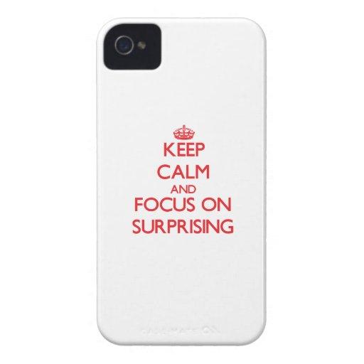 Guarde la calma y el foco en asombrosamente iPhone 4 cárcasa