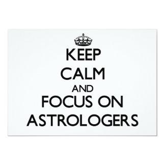 Guarde la calma y el foco en astrólogos invitación 12,7 x 17,8 cm
