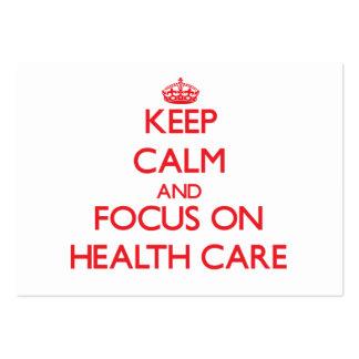 Guarde la calma y el foco en atención sanitaria tarjetas de visita grandes