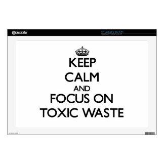 Guarde la calma y el foco en basura tóxica skins para portátil
