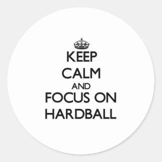 Guarde la calma y el foco en béisbol pegatinas redondas