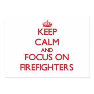 Guarde la calma y el foco en bomberos tarjetas de visita grandes