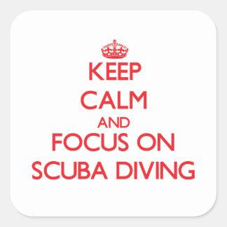 Guarde la calma y el foco en buceo con escafandra calcomanías cuadradass personalizadas
