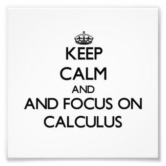 Guarde la calma y el foco en cálculo foto