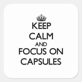 Guarde la calma y el foco en cápsulas colcomanias cuadradas