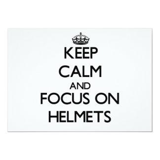 """Guarde la calma y el foco en cascos invitación 5"""" x 7"""""""
