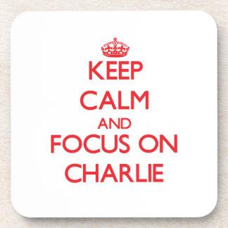 Guarde la calma y el foco en Charlie Posavaso