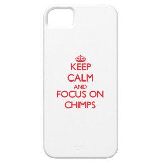 Guarde la calma y el foco en chimpancés iPhone 5 protector