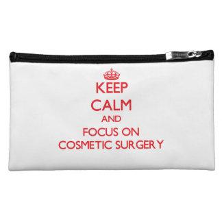 Guarde la calma y el foco en cirugía cosmética