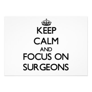 Guarde la calma y el foco en cirujanos invitacion personalizada