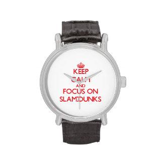 Guarde la calma y el foco en clavadas relojes de mano