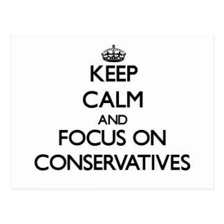 Guarde la calma y el foco en conservadores tarjeta postal
