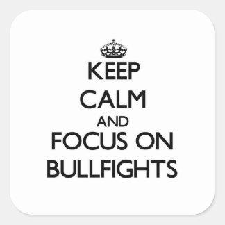 Guarde la calma y el foco en corridas colcomanias cuadradas