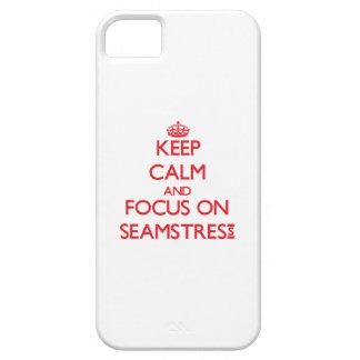 Guarde la calma y el foco en costurera iPhone 5 coberturas