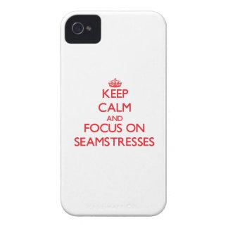 Guarde la calma y el foco en costureras iPhone 4 fundas