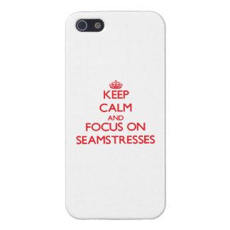 Guarde la calma y el foco en costureras iPhone 5 cobertura