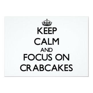 Guarde la calma y el foco en Crabcakes Invitación 12,7 X 17,8 Cm
