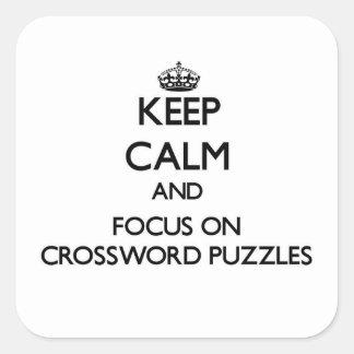 Guarde la calma y el foco en crucigramas colcomanias cuadradas