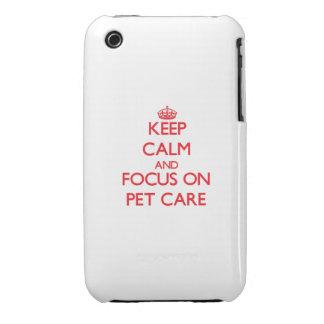 Guarde la calma y el foco en cuidado de animales d iPhone 3 Case-Mate protectores