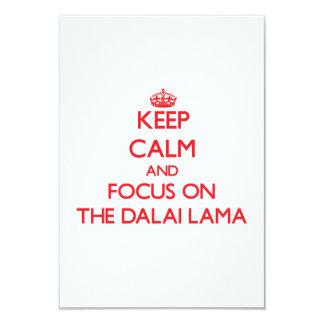 Guarde la calma y el foco en Dalai Lama Invitaciones Personalizada
