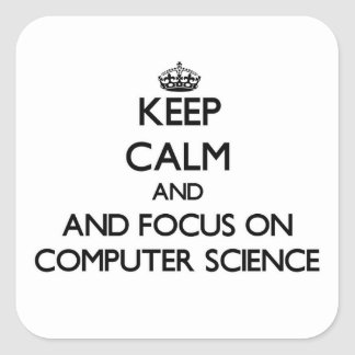 Guarde la calma y el foco en de informática pegatina cuadrada
