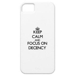Guarde la calma y el foco en decencia iPhone 5 fundas