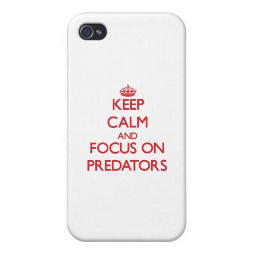 Guarde la calma y el foco en depredadores iPhone 4 cárcasas