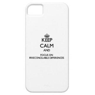 Guarde la calma y el foco en diferencias irreconci iPhone 5 Case-Mate cobertura