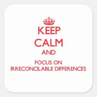 Guarde la calma y el foco en diferencias calcomania cuadradas personalizadas