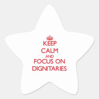 Guarde la calma y el foco en dignatarios calcomanías forma de estrellaes